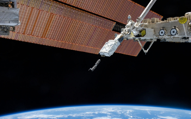 N19-10-06-Planet_Labs_ISS