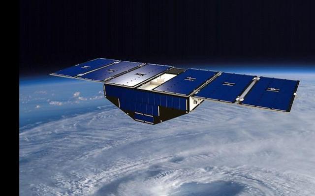 N19-10-13-cyclone-GNSS-cygnss-satellite