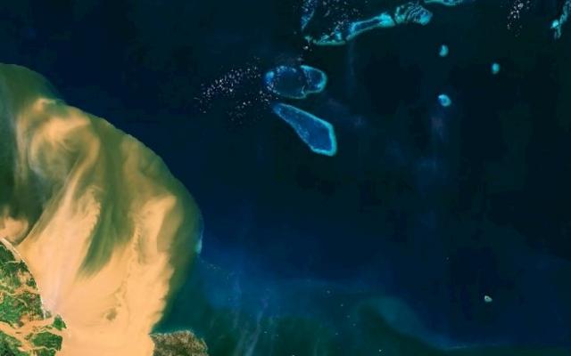 N20-01-19-ESA_Satellite_Great_Barrier_Reef_Floods_96