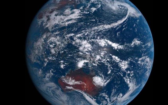 N20-06-28-WA-Space-earth-australia